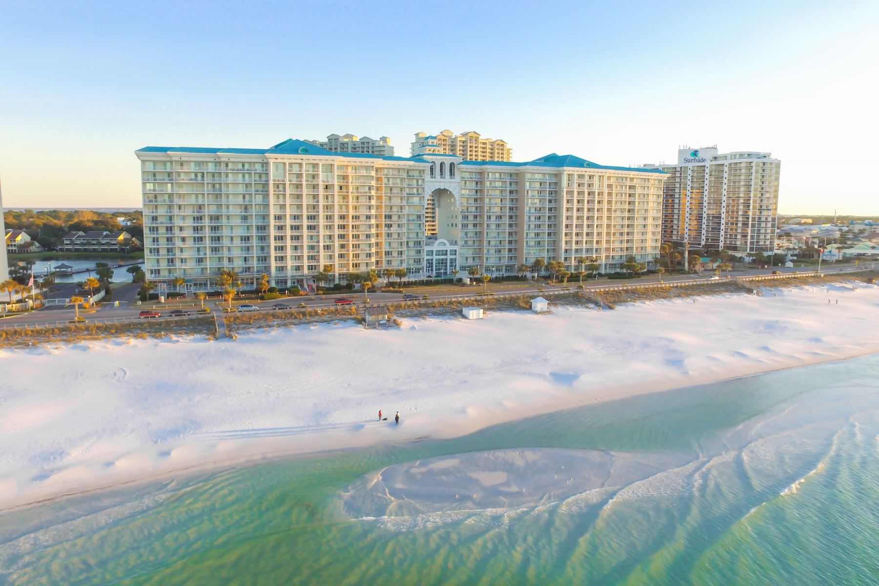 Majestic Sun Resort Destin Florida One Of S Nicest Vacation Places Every Unit Has A Full Beachfront View