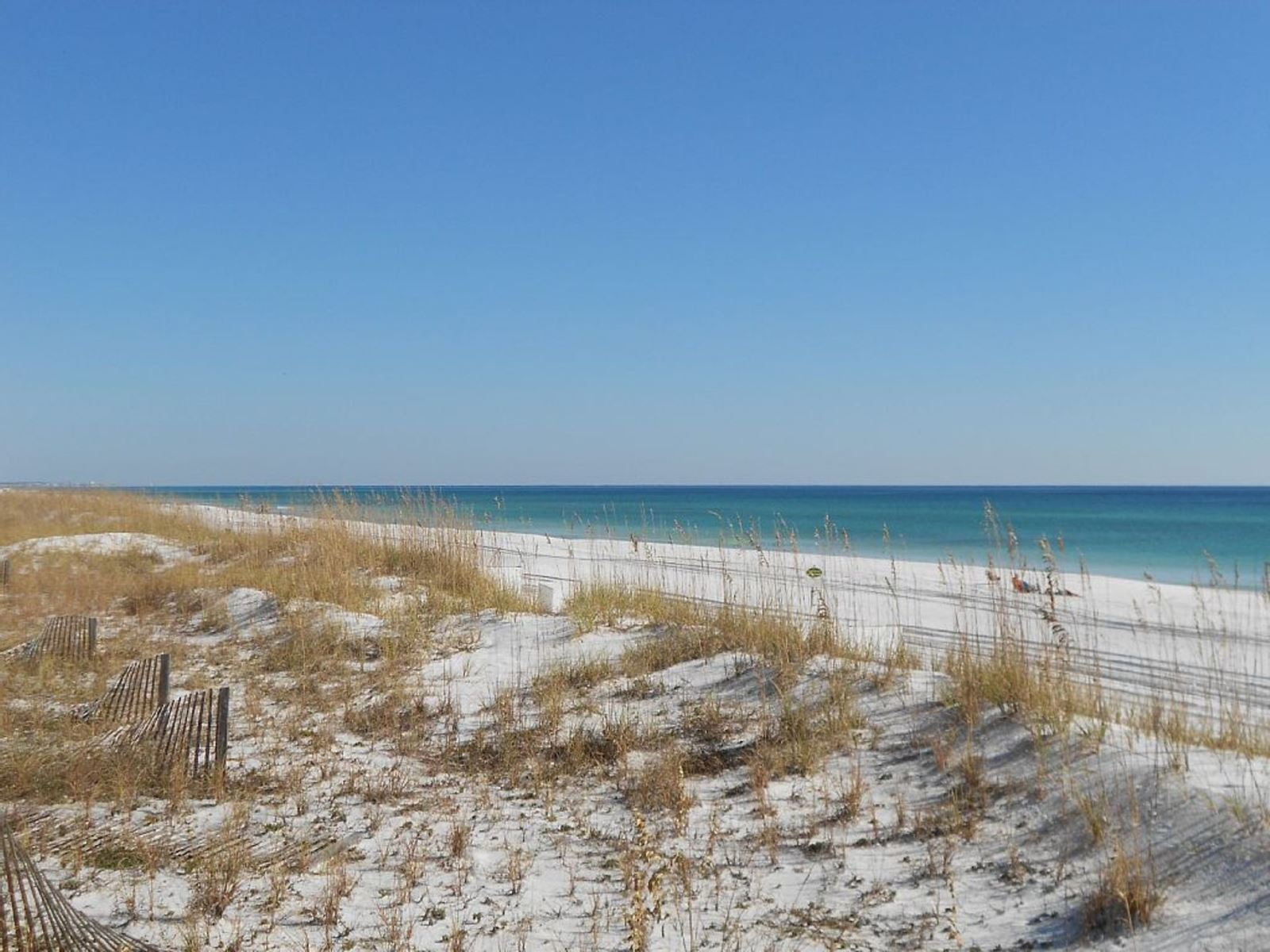 Private beach at Maravilla in Destin. Enjoy 2000 feet of private beach for Maravilla guests only!